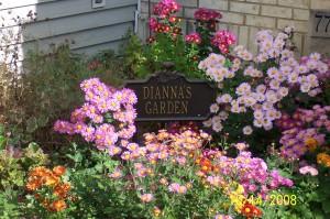 100_2110 dianna garden sign